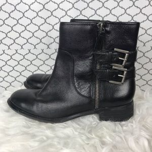 Nine West black leather booties   size 7
